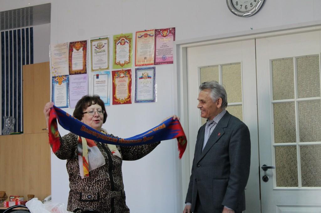 Подарки от совета ветеранов Дзержинского района Волгограда